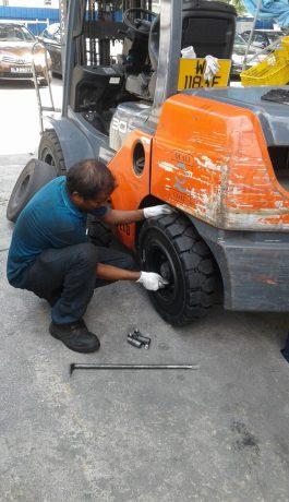 tyre change